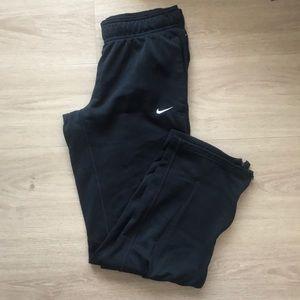 Nike women's therma-fit sweatpant